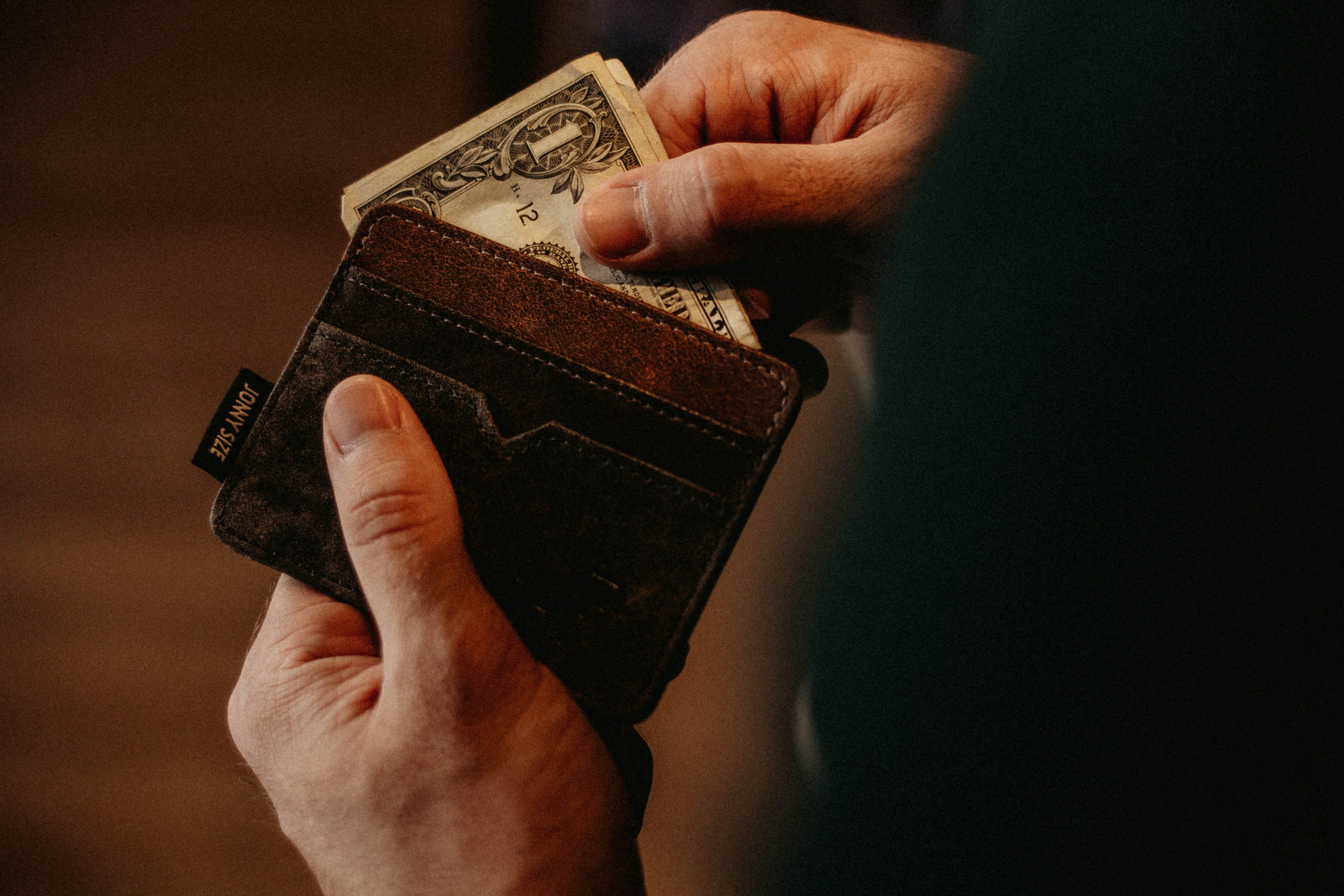 撿到錢沒報案,不算侵占?什麼時候構成侵占?