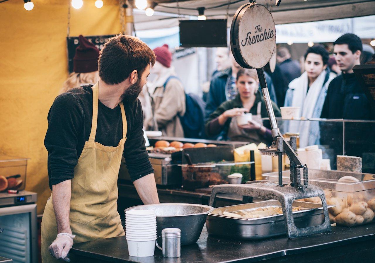 員工表現不佳,能不能扣薪、罰款或降職?